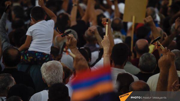 Предвыборный агитационный митинг партии Гражданский договор на площади Республики (17 июня 2021). Еревaн - Sputnik Արմենիա