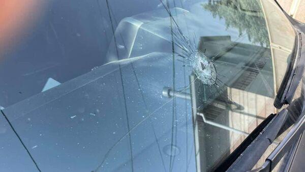 Разбитое лобовое стекло машины - Sputnik Армения