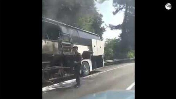 Кадры после столкновения двух автобусов на трассе Джугба-Сочи - Sputnik Армения