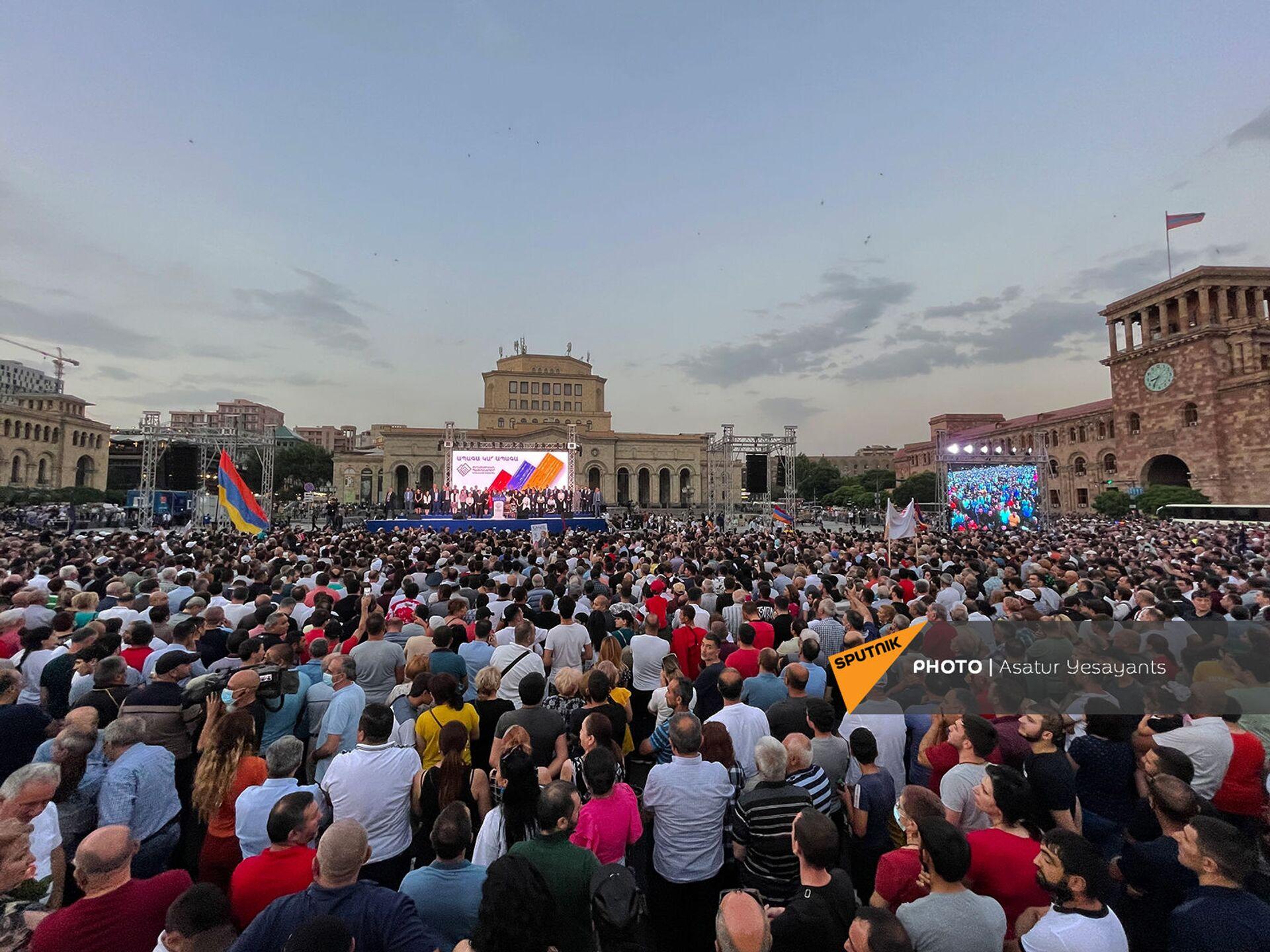 Правящая партия готова к диалогу с другими силами – Пашинян о завершении кризиса - Sputnik Армения, 1920, 21.06.2021