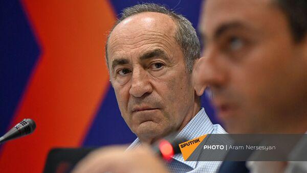 Роберт Кочарян на пресс-конференции лидеров блока Айастан (22 июня 2021). Еревaн - Sputnik Արմենիա