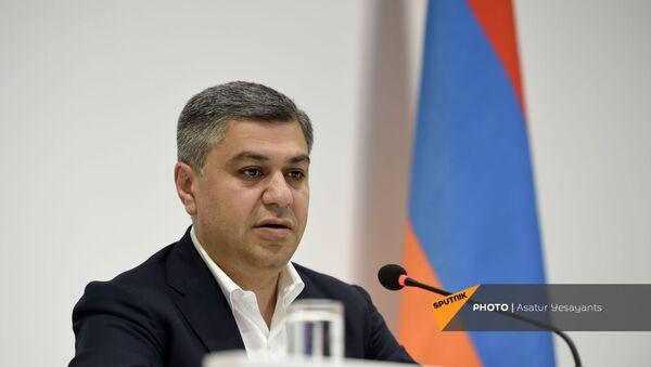 Пресс-конференция Артура Ванецяна (23 июня 2021). Еревaн - Sputnik Արմենիա