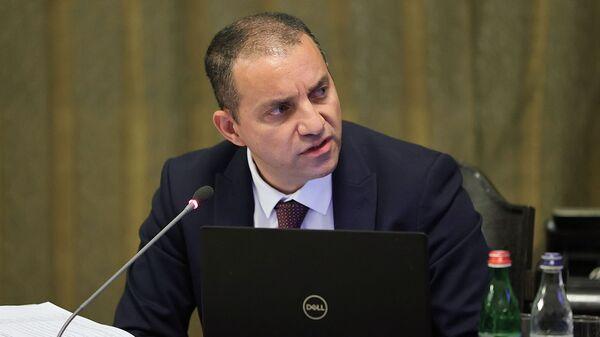 И.о. министра экономики Ваган Керобян на очередном заседании правительства (24 июня 2021). Еревaн - Sputnik Արմենիա