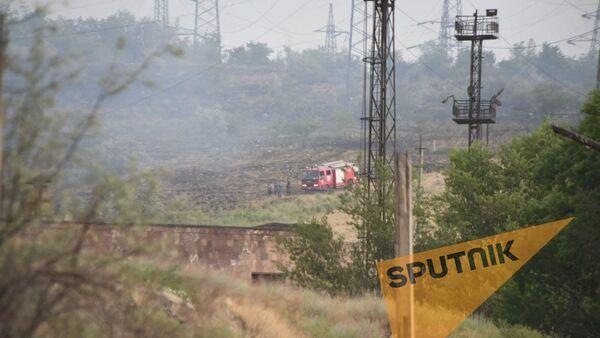 Пожар на территории близ Ереванской ТЭЦ - Sputnik Արմենիա