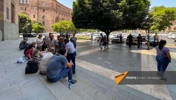 Акция протеста перед Домом правительства (28 июня 2021). Еревaн - Sputnik Արմենիա