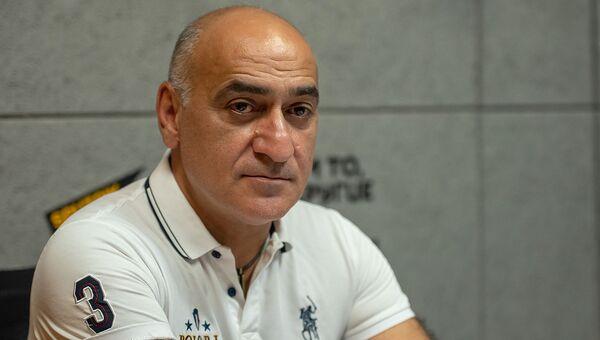 Эксперт по вопросам международной безопасности Владимир Погосян в гостях радио Sputnik - Sputnik Армения