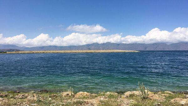 Берег Норашена на озере Севан - Sputnik Արմենիա