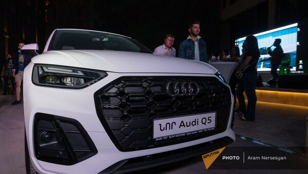 Презентация нового кроссовера Audi Q5 в Ереване - Sputnik Армения