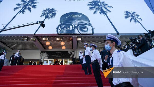 Открытие Каннского кинофестиваля и премьера фильма Аннет (6 июля 2021). Канны - Sputnik Արմենիա