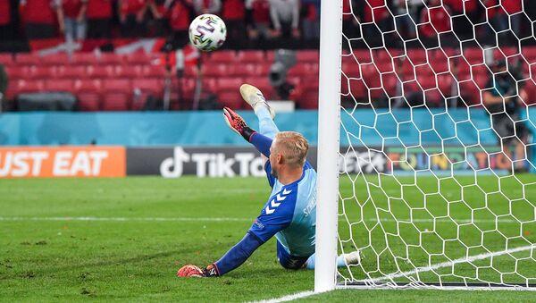 Вратарь сборной Дании Каспер Шмейхель - Sputnik Армения