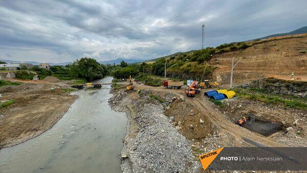 Церемония закладки нового пограничного автомобильного моста между Арменией и Грузией (9 июля 2021). Баграташен - Sputnik Армения