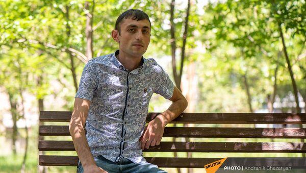 Получивший ранение в карабахской войне капитан Тигран Мнацаканян - Sputnik Армения