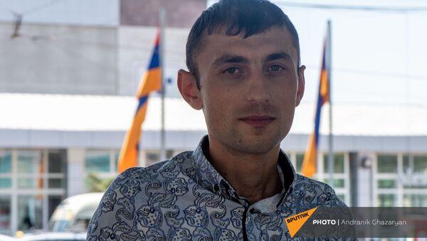 Получивший ранение в карабахской войне капитан Тигран Мнацаканян - Sputnik Արմենիա