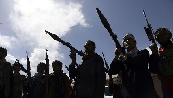 Афганские ополченцы присоединяются к силам обороны и безопасности Афганистана во время сбора (23 июня 2021). Кабул - Sputnik Армения