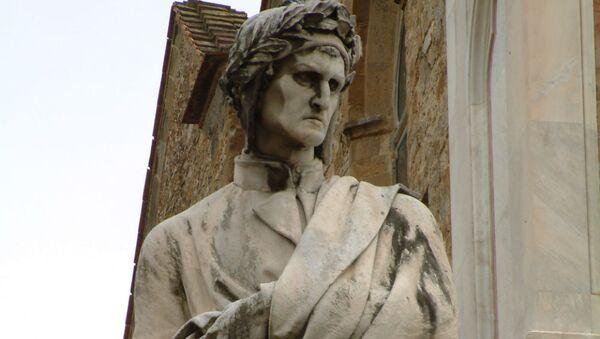 Памятник Данте Алигьери во Флоренции - Sputnik Армения