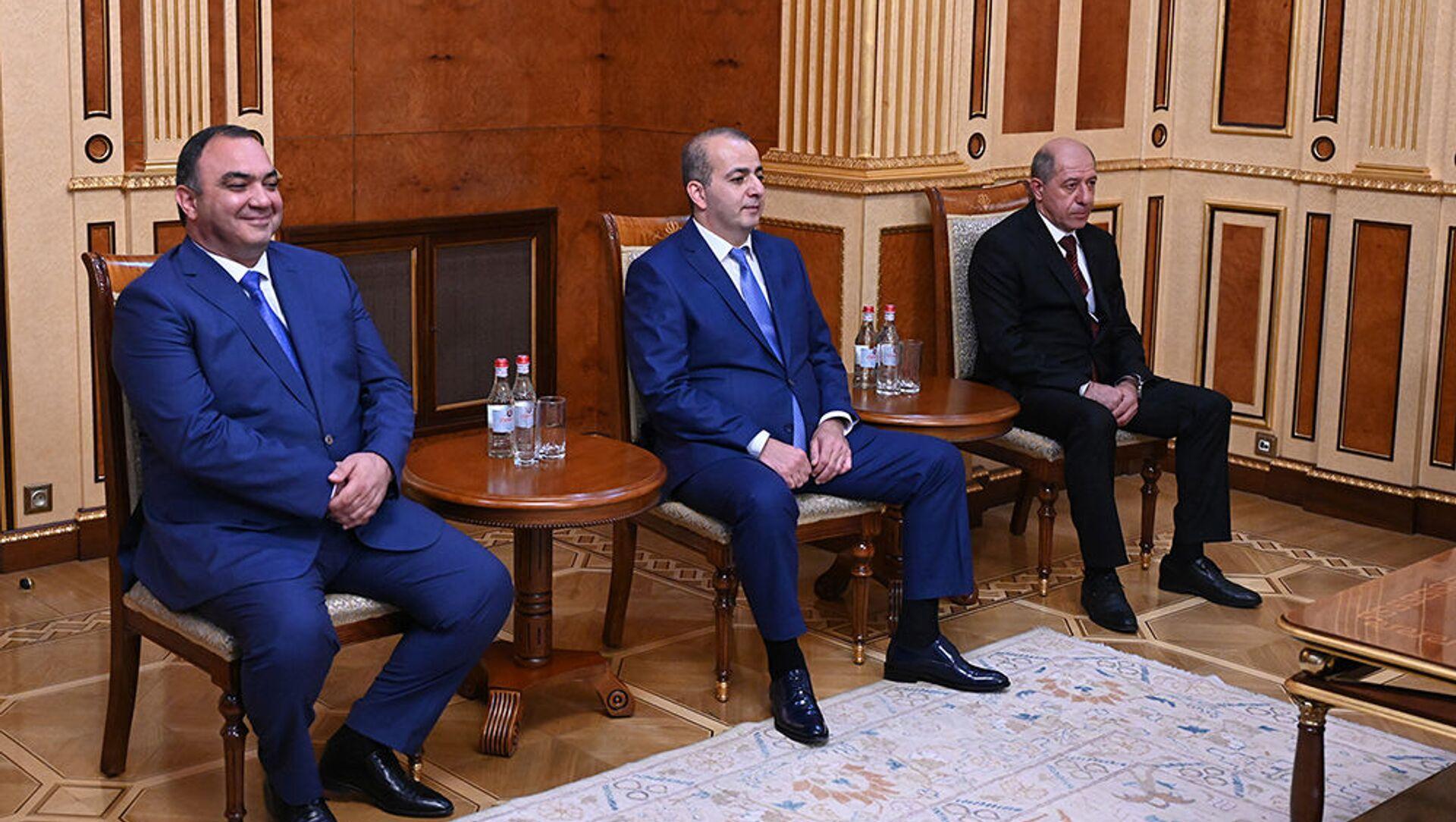 Руководители полиции, СНБ и СГБ Армении - Sputnik Արմենիա, 1920, 13.07.2021