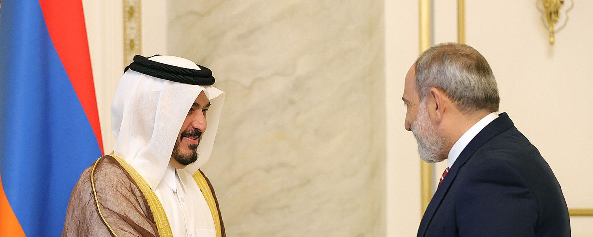 И.о. премьер-министра Никол Пашинян принял председателя правления Air Arabia шейха Абдуллу бин Мохаммада Аль Тани - Sputnik Արմենիա, 1920, 14.07.2021