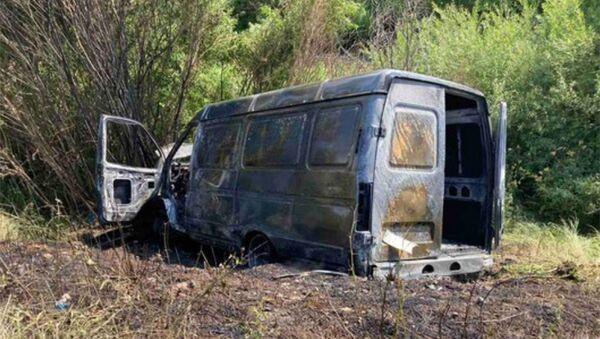 Сгоревшая машина на автотрассе Ереван - Иджеван - Sputnik Արմենիա