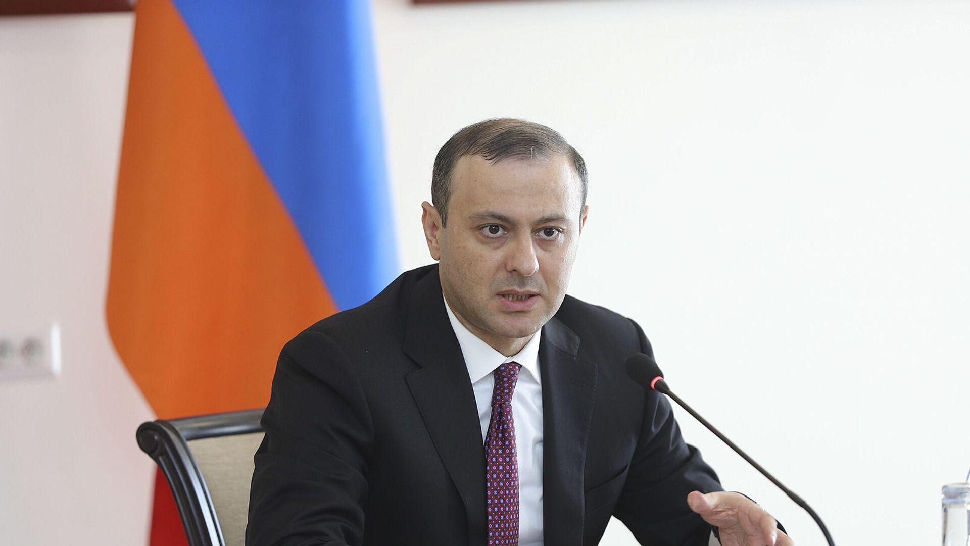 И.о. министра иностранных дел Армен Григорян принял глав дипломатических миссий, аккредитованных в Армении (20 июня 2021). Еревaн - Sputnik Армения, 1920, 24.09.2021