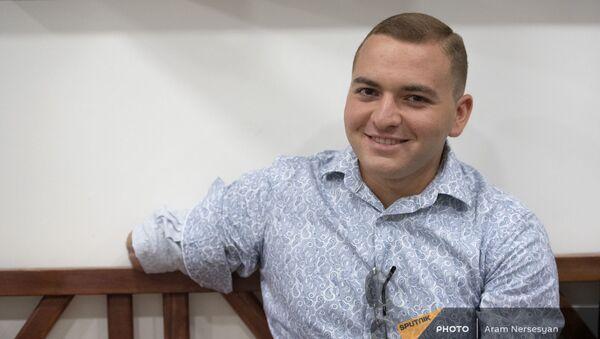 Проходящий курс в Реабилитационном центре Защитника Отечества военнослужащий Армен Ованнисян - Sputnik Արմենիա