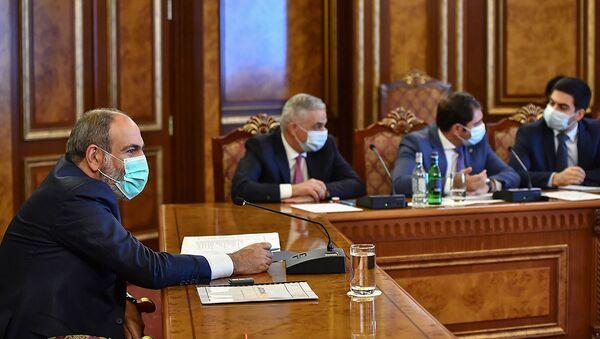 Совещание во главе с и.о. премьер-министра Николом Пашиняном по вопросам реализации инвестиционных программ (21 июля 2021). Еревaн - Sputnik Армения
