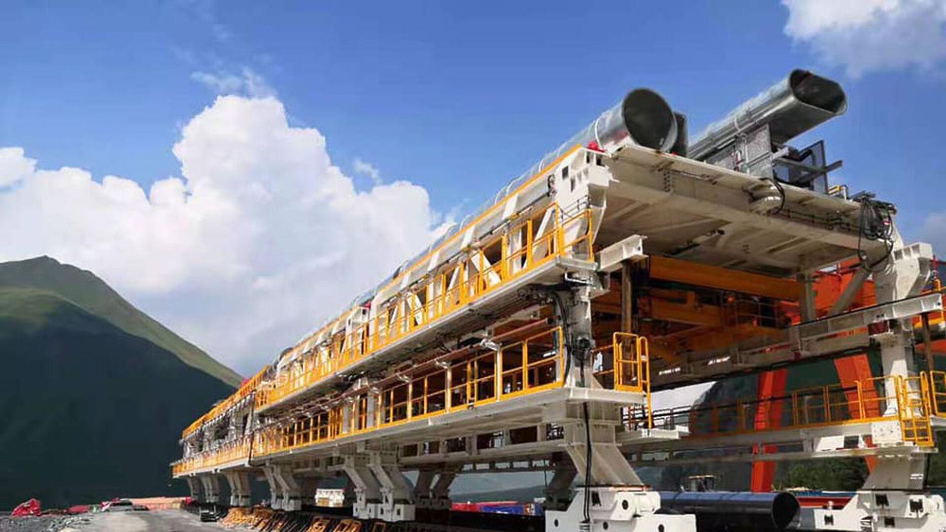 Строительство тоннеля на участке Цкере-Коби автомобильной дороги Мцхета-Степанцминда-Ларс (22 июля 2021). Грузия - Sputnik Արմենիա, 1920, 22.09.2021