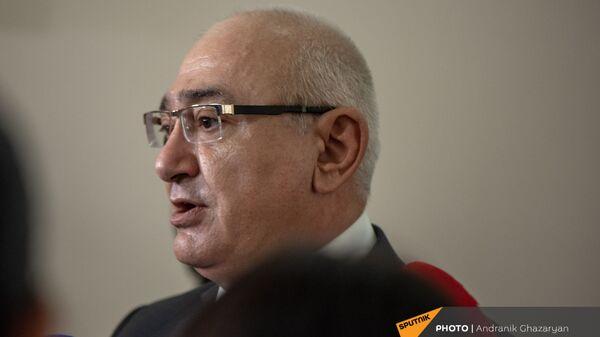 Председатель ЦИК Тигран Мукучян отвечает на вопросы журналистов (22 июля 2021). Еревaн - Sputnik Արմենիա