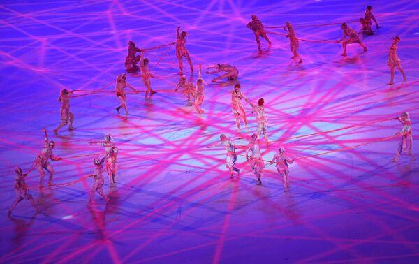 Բեմականացման մասնակիցները՝ 32-րդ ամառային oլիմպիական խաղերի բացման արարողության ժամանակ - Sputnik Արմենիա