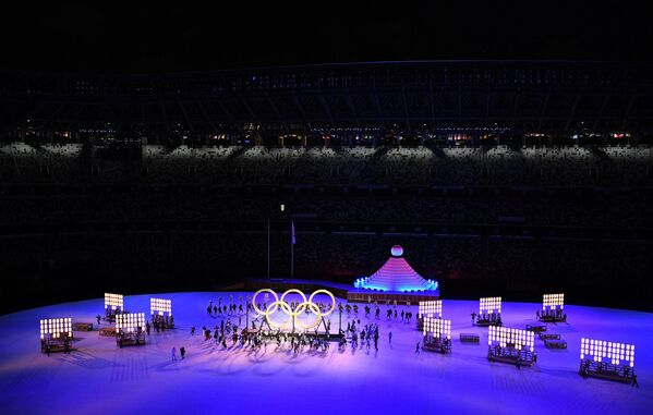 Օլիմպիական խաղերի բացման արարողության ժամանակ դուրս են բերվում օլիմպիական օղակները - Sputnik Արմենիա