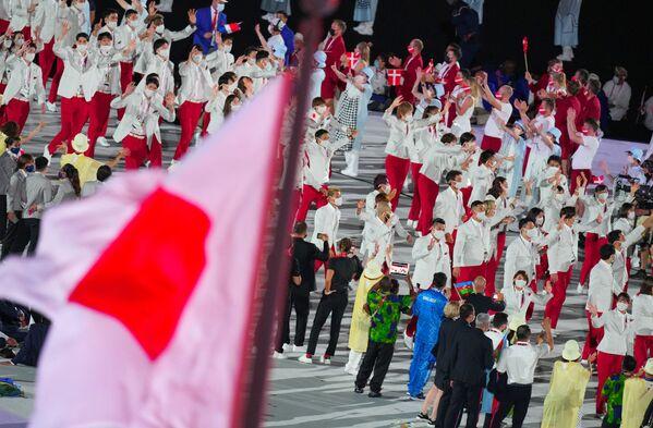 Ճապոնիայի հավաքականի մարզիկները հանդիսավոր շքերթի ժամանակ - Sputnik Արմենիա