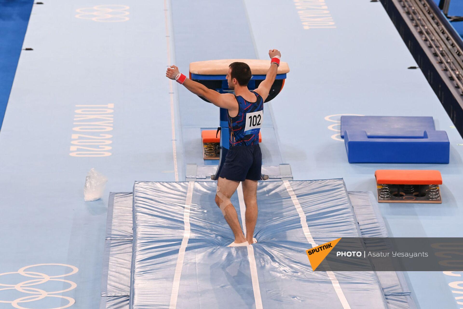 Армянский гимнаст Артур Давтян блестяще выступил в Токио - фото - Sputnik Армения, 1920, 24.07.2021