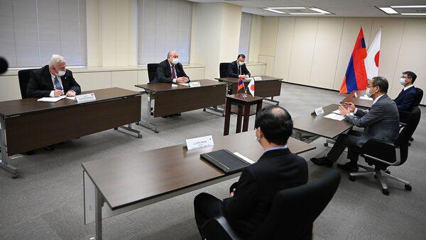 Президент Армен Саркисян встретился с президентом Агентства ядерного регулирования Японии на тему сотрудничество в области ядерной безопасности (27 июля 2021). Токио - Sputnik Армения