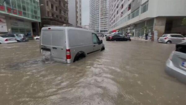 В Батуми затопило улицы - Sputnik Армения