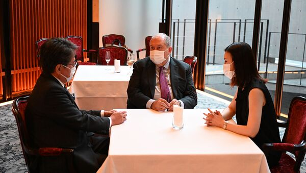 Президент Армен Саркисян встретился с главой Японского банка международного сотрудничества (27 июля 2021). Япония - Sputnik Армения