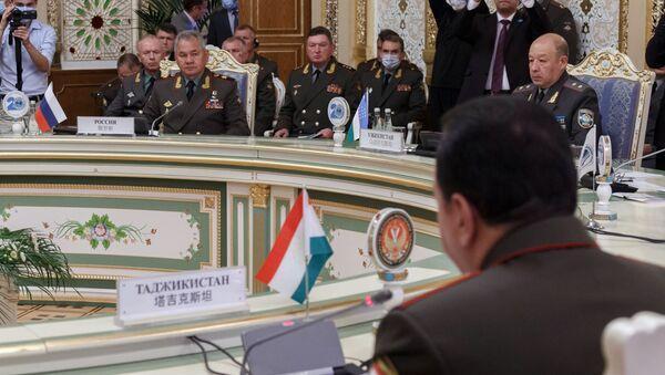 Совещание министров обороны стран ШОС в Душанбе - Sputnik Армения