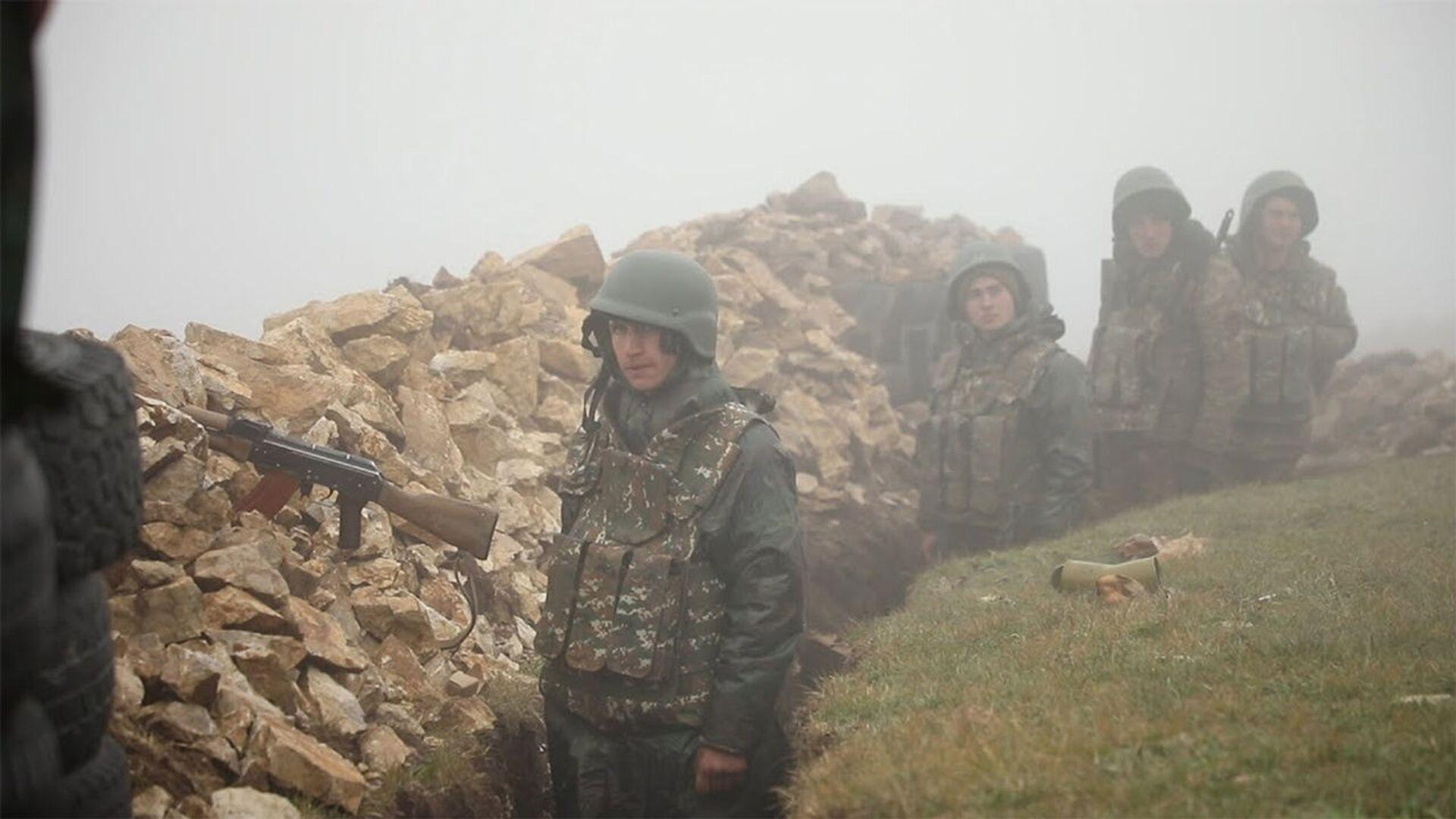 Противник не только был отброшен, но и понес потери – видео с боевого поста ВС Армении - Sputnik Армения, 1920, 28.07.2021