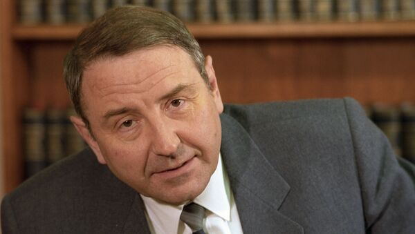 Секретарь ЦК КПСС Олег Бакланов. - Sputnik Армения