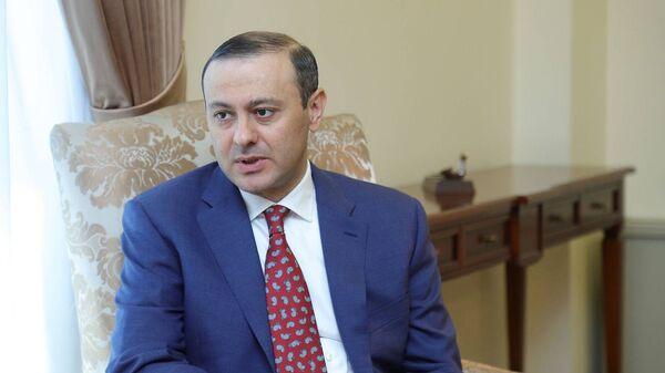 И.о. министра иностранных дел Армен Григорян - Sputnik Армения