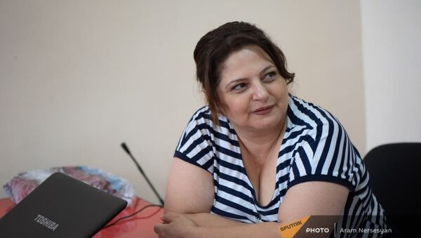 Участница квеста Приходи в дом бабушки супер Нране Арпи Ванян - Sputnik Արմենիա