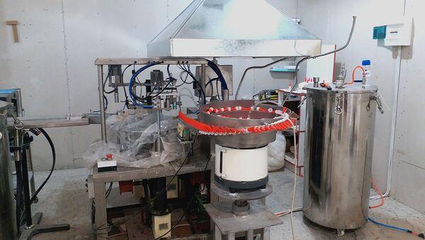 Производство отечественного клея, налаженное в Ереване - Sputnik Արմենիա