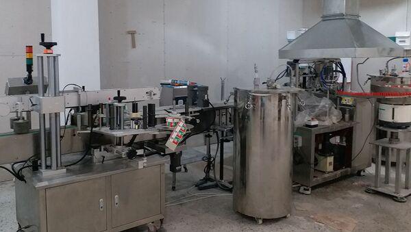 Производство отечественного клея, налаженное в Ереване - Sputnik Армения