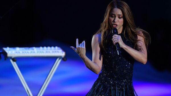 Певица Шакира выступает перед началом финального матча Кубка Дэвиса между сборными Канады и Испании - Sputnik Արմենիա