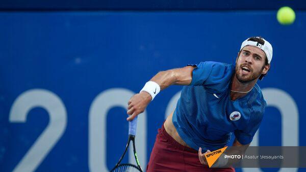Карен Хачанов во время финального матча мужского теннисного турнира Олимпийских игр в Токио (1 августа 2021). Япония - Sputnik Армения