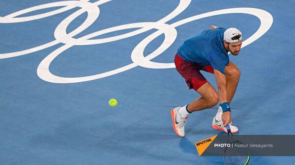 Карен Хачанов во время финального матча с Александром Зверевым мужского теннисного турнира Олимпийских игр в Токио (1 августа 2021). Япония - Sputnik Армения