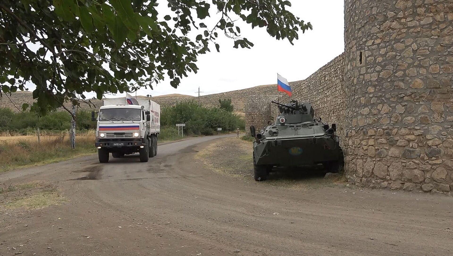 Российские миротворцы сопроводили более тысячи паломников и жителей Карабаха при посещении монастырского комплекса Амарас - Sputnik Արմենիա, 1920, 24.08.2021