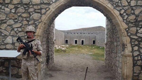 Российские миротворцы сопроводили более тысячи паломников и жителей Карабаха при посещении монастырского комплекса Амарас - Sputnik Արմենիա