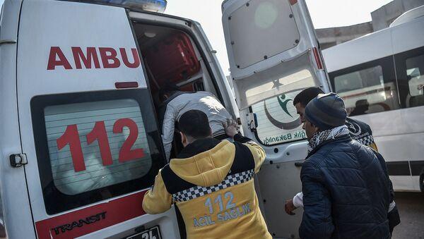 Автомобиль скорой помощи в Турции - Sputnik Արմենիա