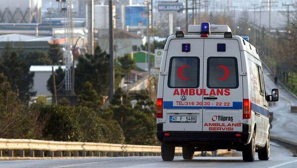 Автомобиль скорой помощи в Турции - Sputnik Армения