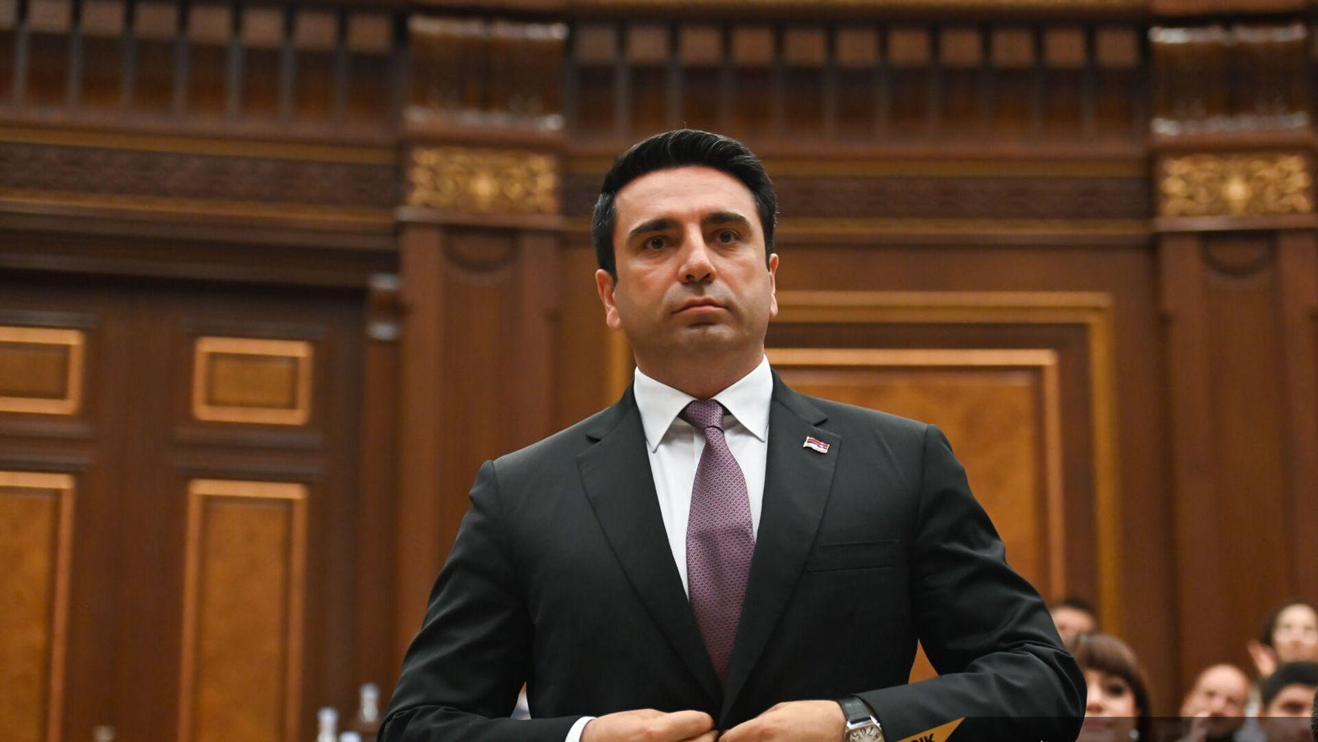 Ален Симонян во время первого заседания парламента Армении 8-го созыва (2 августа 2021). Еревaн - Sputnik Армения, 1920, 02.08.2021
