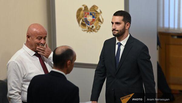 Рубен Рубинян во время первого заседания парламента Армении 8-го созыва (2 августа 2021). Еревaн - Sputnik Արմենիա